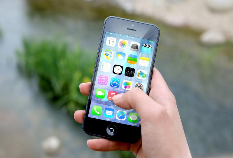 368768914-smartphone.jpg